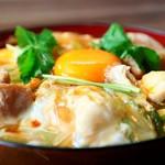 谷村パーキングエリア上り線 - 料理写真:甲州地鶏の親子丼 850円