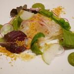 68296220 -  前菜 真鯛の炙り、新レンコン