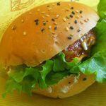 68299877 - 豚と鶏のハンバーグバーガー
