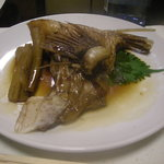 居肴屋 風来坊 - 真鯛かま煮付け