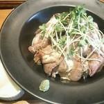 BISTRO309 - ローストビーフ丼温玉乗せ