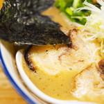 麺や天四郎 - チャーシューメン