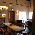 あるくカフェ - 室内20席