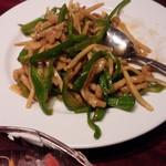 龍記 - 青椒肉絲