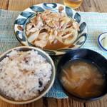ネマルカフェ - 生姜焼き定食(950円)