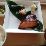 フクモリ マーチエキュート神田万世橋店 - 魚定食