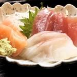 福 - 料理写真:刺身三種盛り