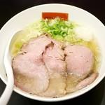 68320588 - 贅沢塩らぁ麺¥980