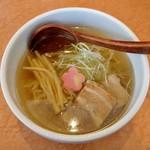和だしらぁめん うめきち - 煮干しらぁめん・しお(500円)