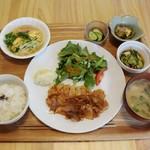 しののめ - しののめ定食850円