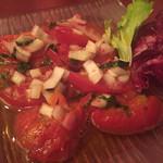 68323372 - トマトのサラダ518円