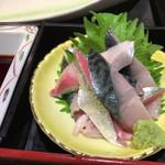 九州 熱中屋 - 2017年06月09日  さっきまで、水槽で泳いでた鯖