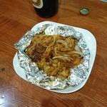 昆鰹和味庵 優味ん - 牛しま腸ホルモン炒め