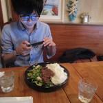 Tsunami Ebisu TOKYO - K氏はビフテキライスボールにご満悦