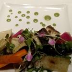 ブラッスリーアムール - 本日のお魚のポワレ 季節野菜を添えて