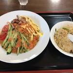 聖華楼 - 料理写真:冷やしタンタン麺+半チャーハン