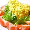 ・トマトとふわふわタマゴのサラダ