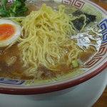 ちばき屋 - 麺アップ
