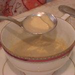 6834952 - フォアグラのフランとゴボウのスープ(たしか・・・?)