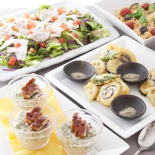 季節ごとに変わる、宴会にお勧めの飲み放題付き大皿コース!