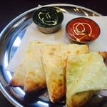 ヒウツリ - ハニーチーズナンとカレー
