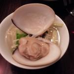 68361299 - ハマグリのスープ麺