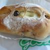 グーツ - 料理写真:クルミレーズン(クリームチーズ入)