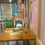 ハティフナット - 古い建物に魔法がかけられたようなカフェ