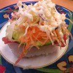 活魚寿司 - まぐろアボガド105円