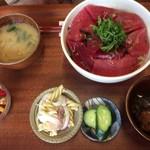 しげちゃん食堂 - 料理写真:まぐろ漬け丼