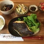 しげちゃん食堂 - 平目の西京漬け