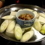 もつ焼き やまざき - 湯豆腐