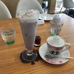 カフェ チェリーブロッサム - 小豆クリームラテ、小豆黒蜜ラテ