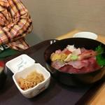 68378239 - 特上海鮮丼