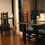 プリモピアット - テーブル席