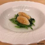 J一行樹 - アオリイカ真薯と小松菜を比内地鶏の凝縮出汁とともに
