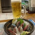 かみ風船 - 関サバの刺身・980円。