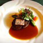 メインダイニングルーム 三笠 - 牛のステーキ