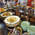 アジアンキッチン サワディー - バイキング料理