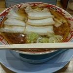 らーめん秋田 ひない軒 - チャーシューメン700円。豚バラチャーシュー6枚で食べ応えあり。しかもうんまい!