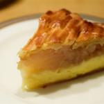 GRANNY SMITH APPLE PIE & COFFEE - イングランド カスタード:1番人気。甘すぎないカスタードが好印象。