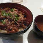 コッペ - 料理写真:カルビ丼