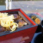 皿屋 福柳 - せいろむし(2300円)肝吸い、漬物付