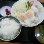68406160 - ハムエッグ定食(790円)