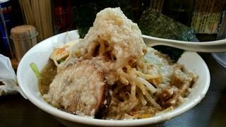 ブッチャー - ワイルドブッチャー麺背油多目‼