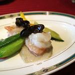 68410877 - 鮑、海老の季節野菜香り炒め