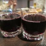 鉄板バル Jyu- - 赤ワインも
