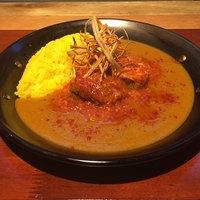 ウララウンジ - イベリコ豚のシェリー煮込みカレー