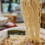 飯麺 富心 - 細縮れ麺が美味しい!