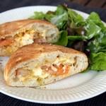 クッチーナ・サクラ - 海老とタルタル卵のフォカッチャサンド